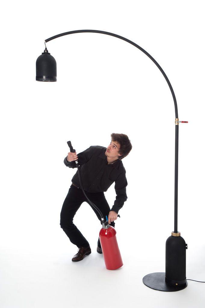 מנורה ממטף אש ישן